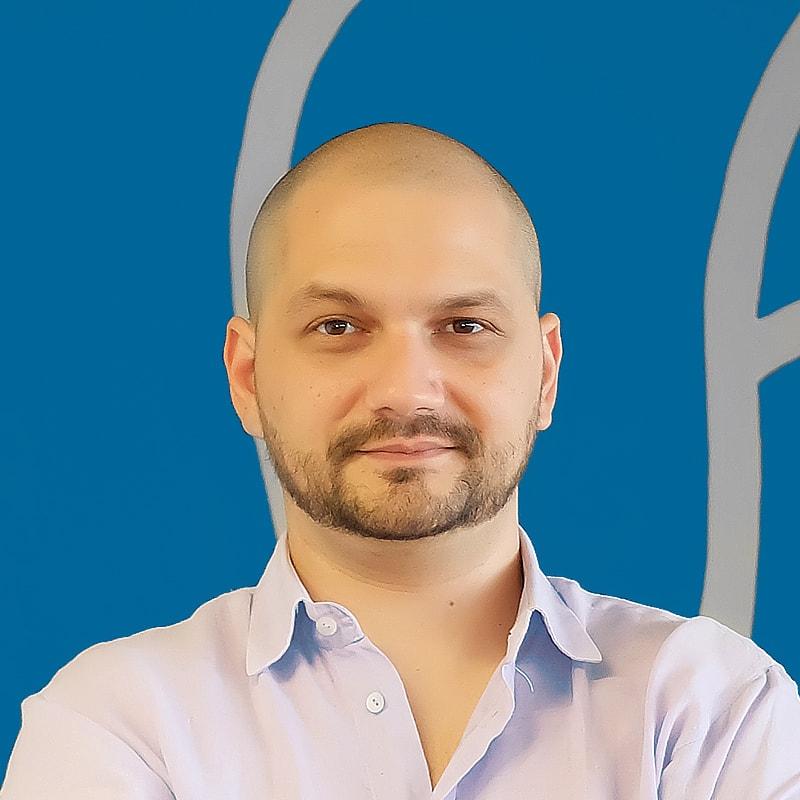 </p> <p><center>Giulio Calacoci</center>