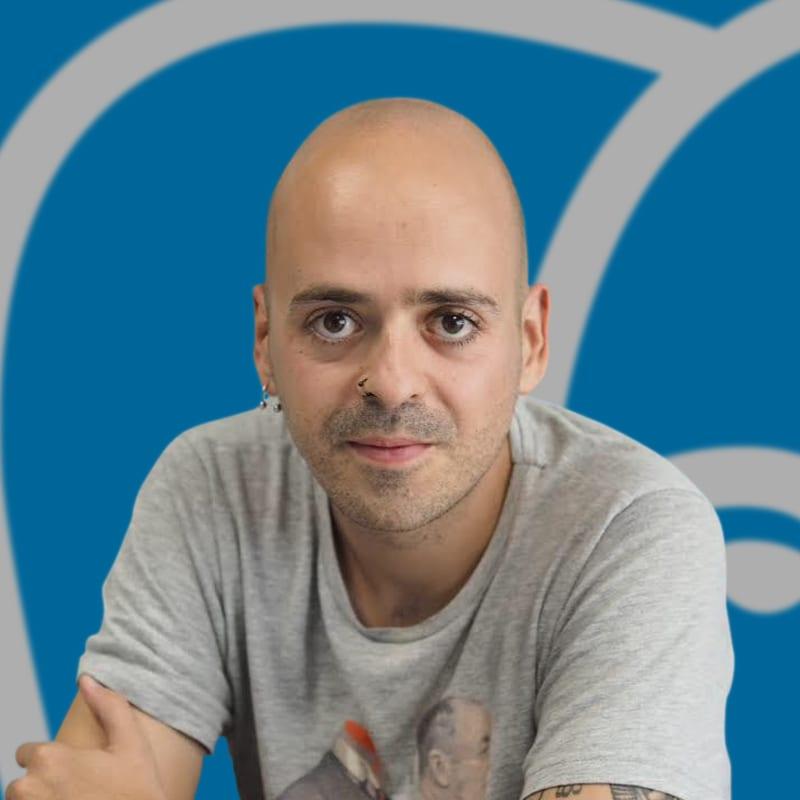 </p> <p><center>Javier Lopez del Cerro</center>